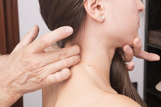 ból ramion i szyi skąd się bierze